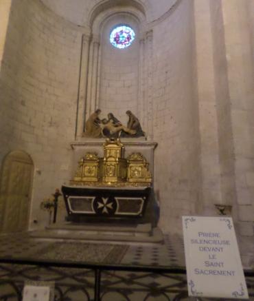 saumur-ch-st-pierre-saint-sacrement-chapel-feb18