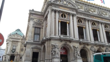 paris opera garnier side mar13