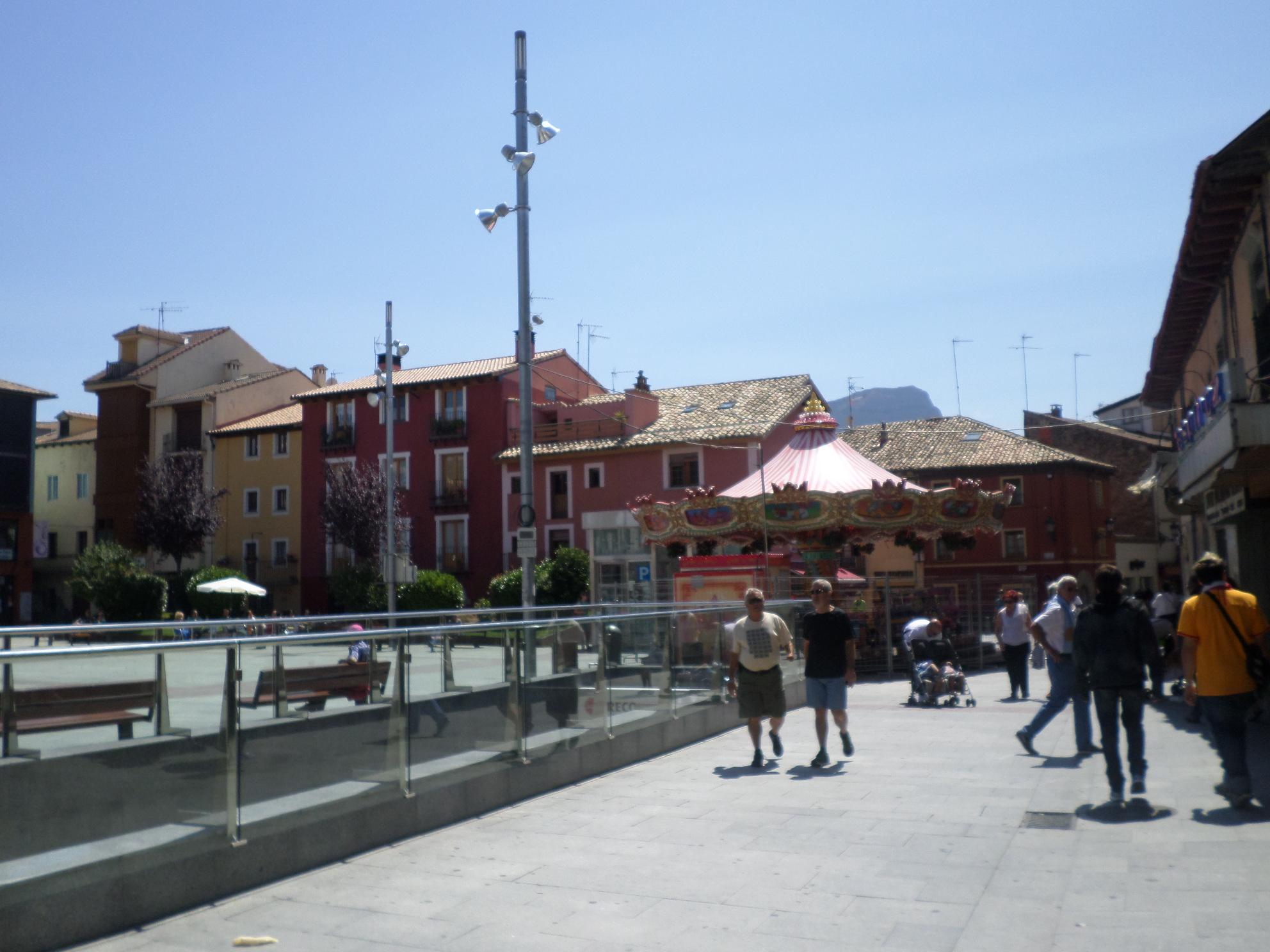 Jaca plaza ripa aug14
