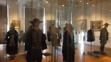 quimper musee dept breton men fashion feb13