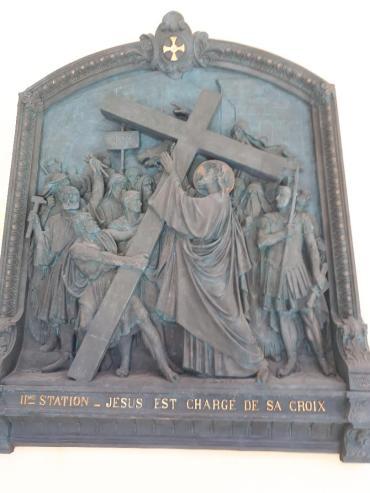 sainte anne d auray bas ste anne cloister II Jesus takes poss of the Cross jul20