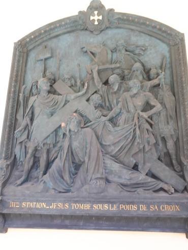 sainte anne d auray bas ste anne cloister III Jesus felled under the weight of the Cross jul20