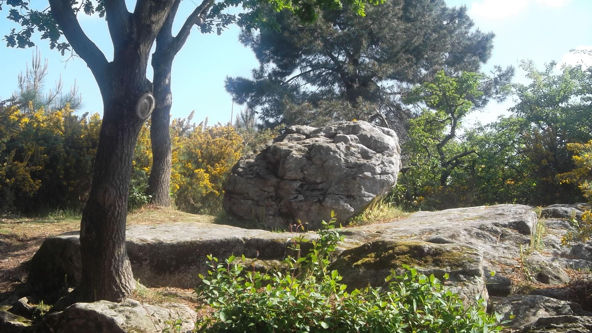 vannes pointe des emigres stone menhir may13