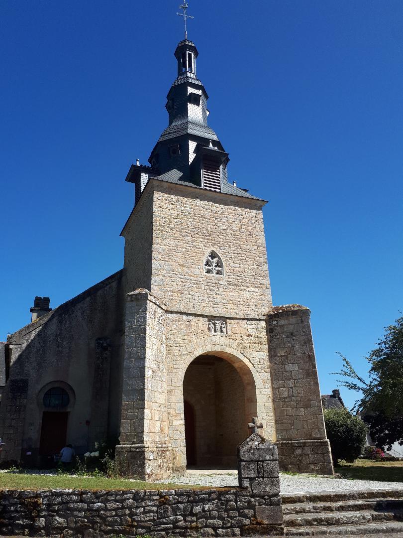 plumergat ch Saint Thuriau belltower front aug20