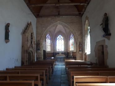 Plumergat chapelle de la Trinité nave to altar aug20