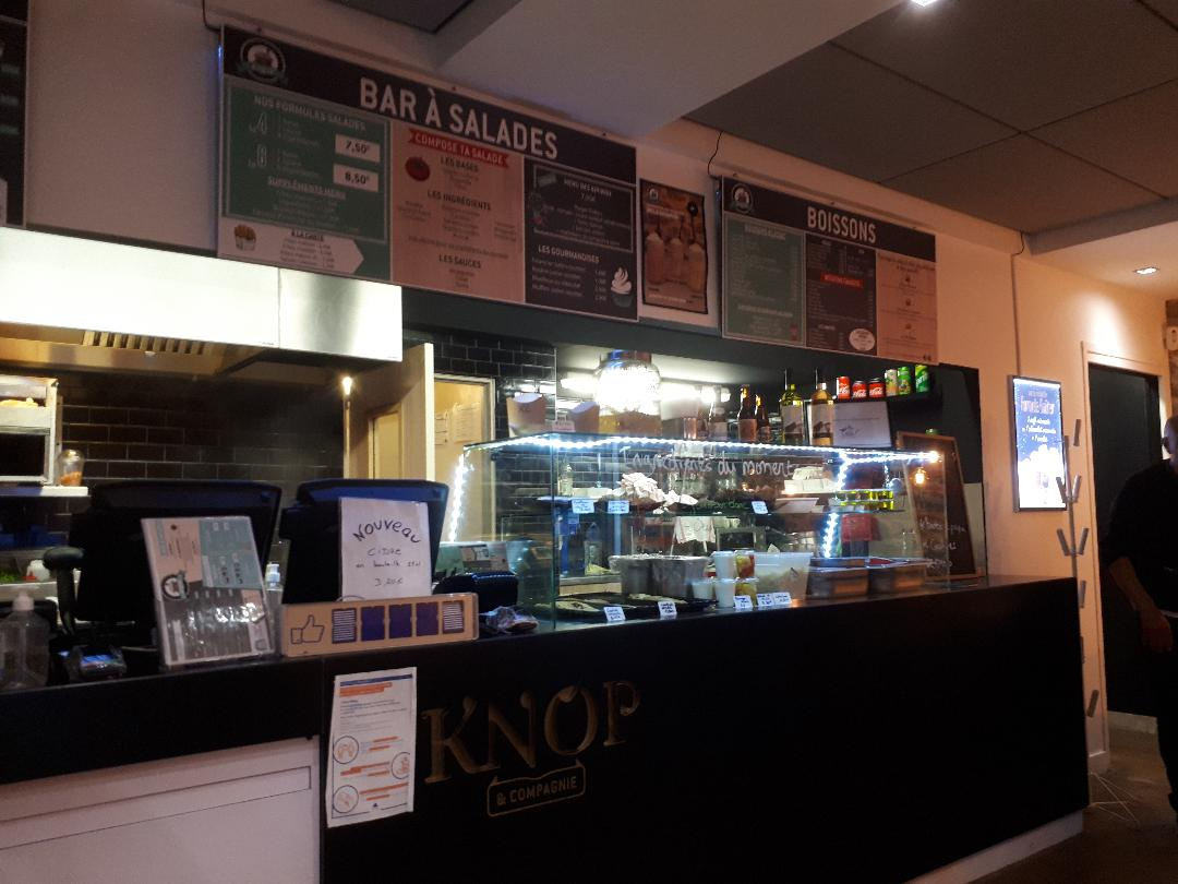 st malo cafe burgers Knop counters aug20