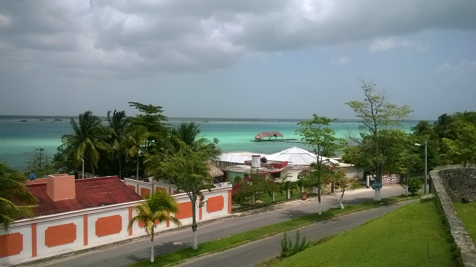 bacalar-fortress-san-felipe-view-lake-jul14