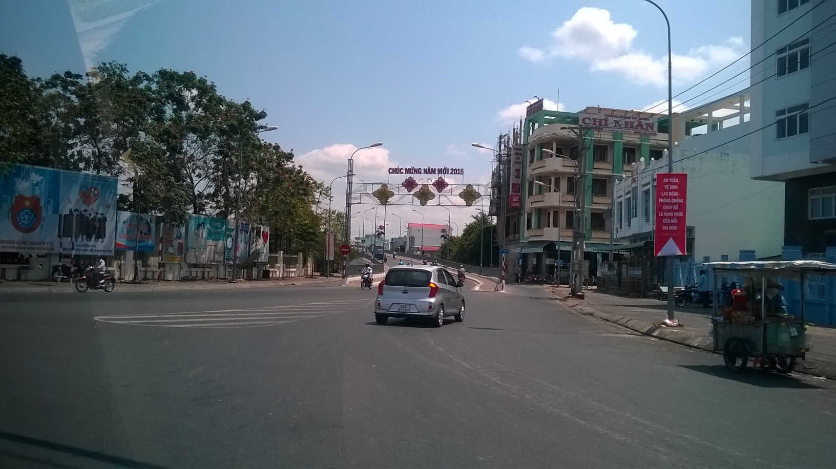 ca mau architecture happy new year banner ent town mar16