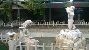 ca mau guyen thanh resto garden pool mar16