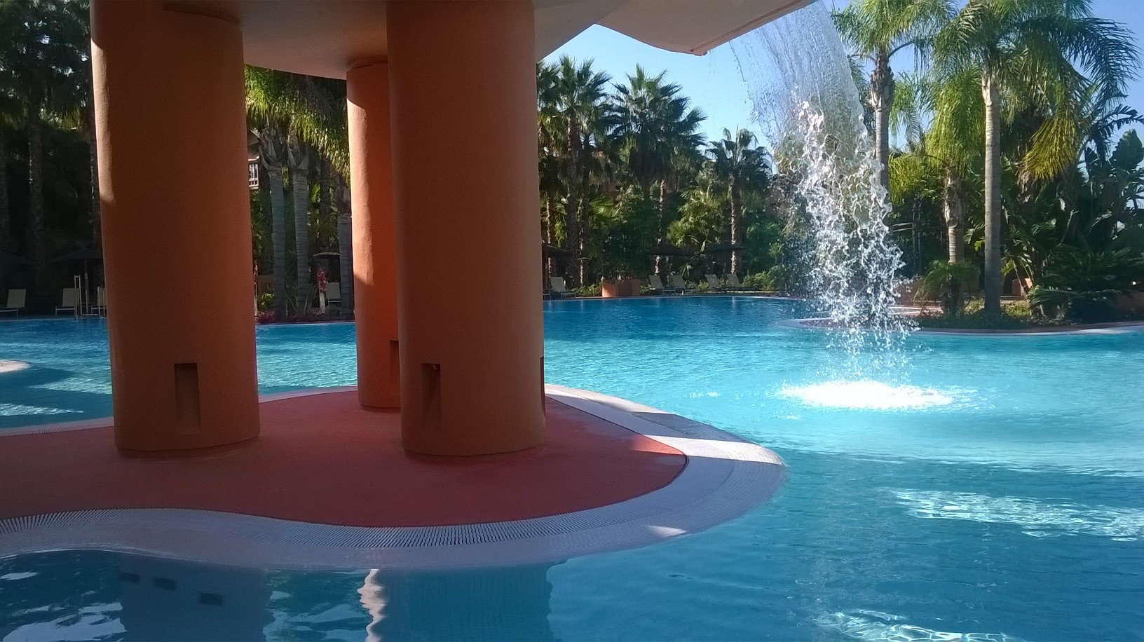 chipiona-barcelo-pool-waterfall-oct15