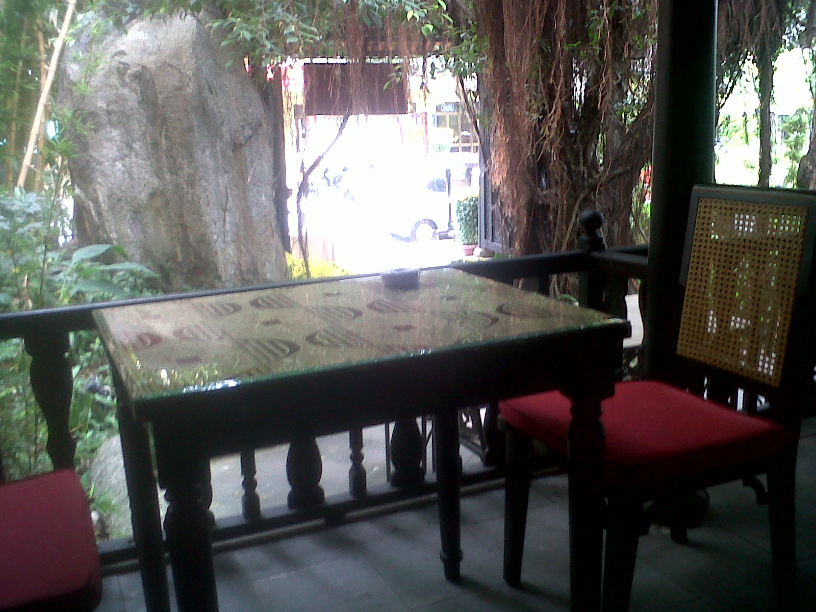 danang resto inner table no name feb14
