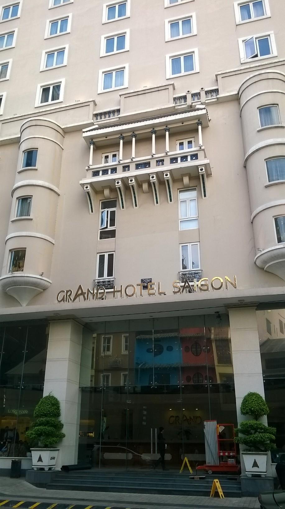 hcmc-grand-hotel-saigon-ent-mar16