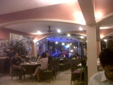 hcmc-resto-rosa-palace-dining-room-feb14