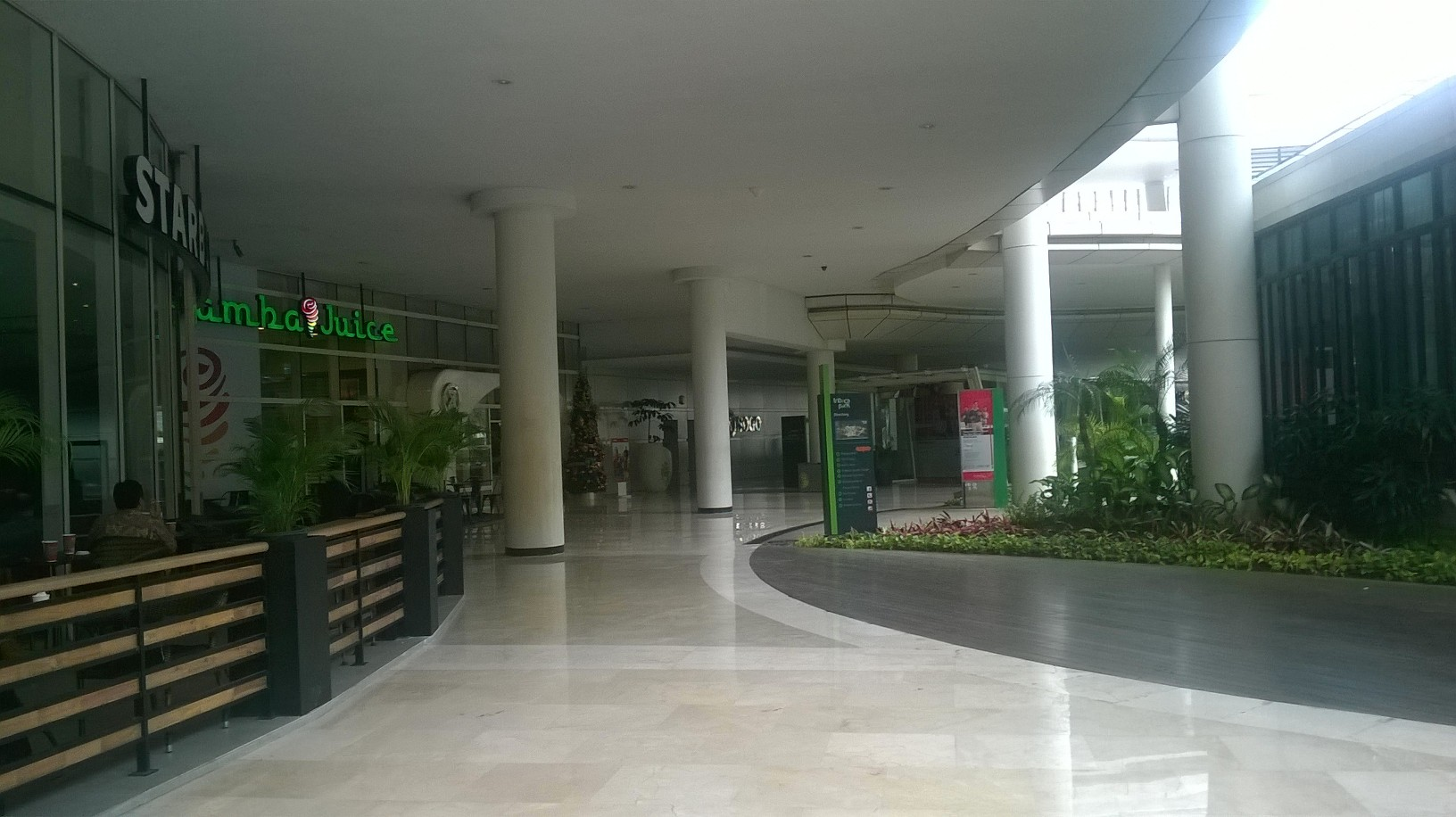 jakarta-central-mall-starbucks-open-dec16