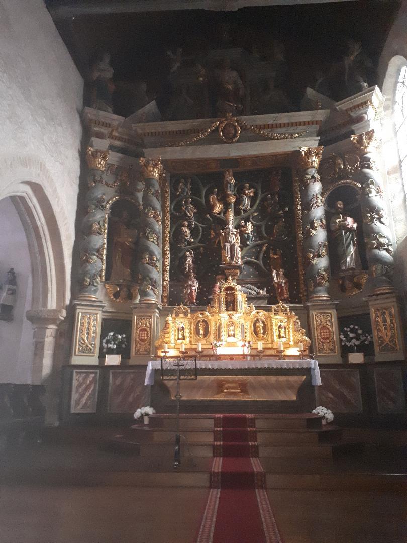 la trinite porhoet ch abbey de la Trinité altar piece sep20
