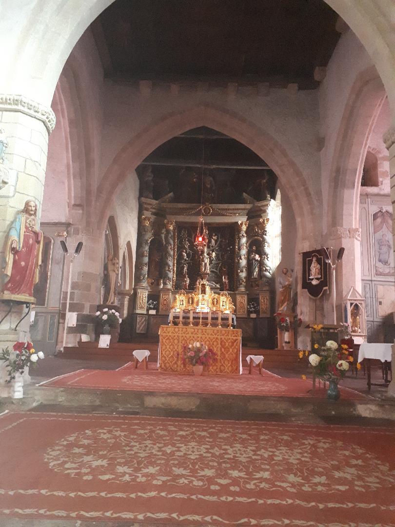 la trinite porhoet ch abbey de la Trinité altar sep20