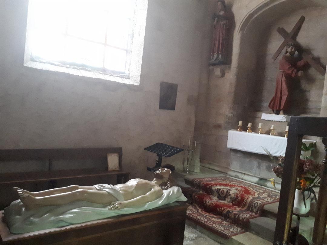 la trinite porhoet ch abbey de la Trinité mis en tombeau Christ sep20