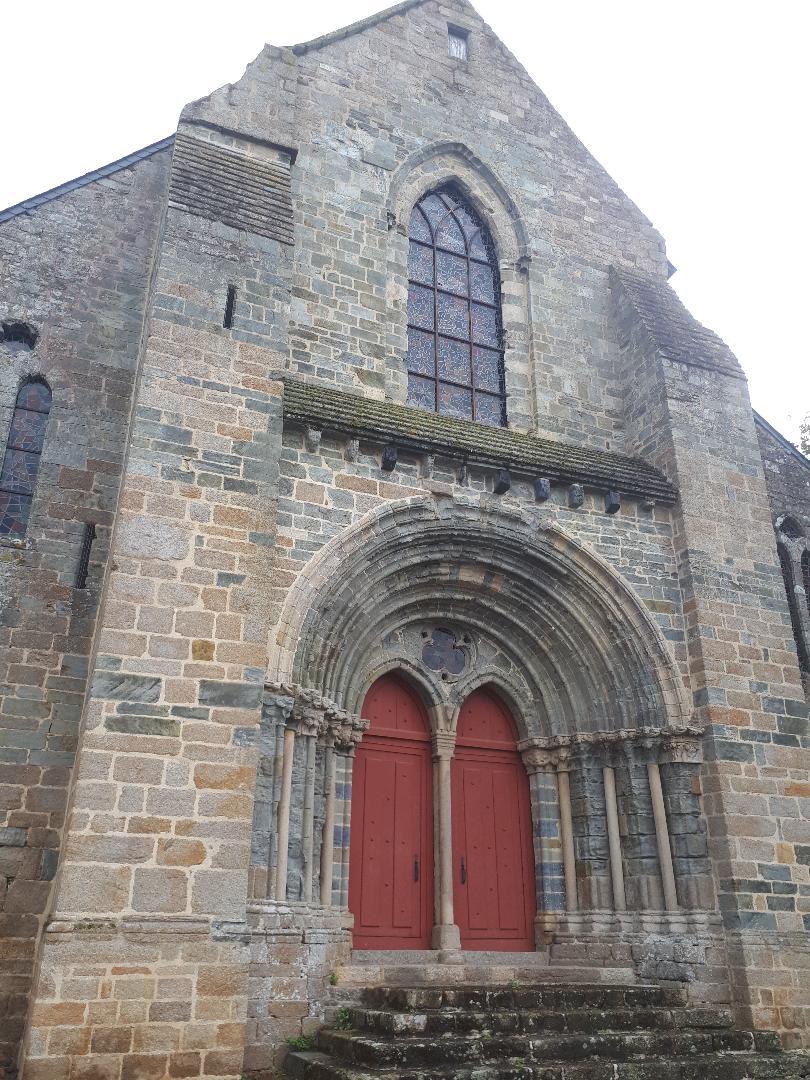 la trinite Porhoet chapelle st yves front sep20