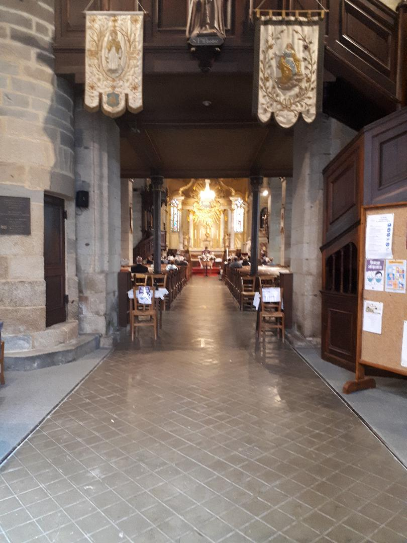 loudeac ch st nicolas nave funeral sep20