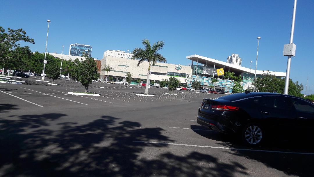 merida-altabrisas-shopping-mall-arriving-sep18