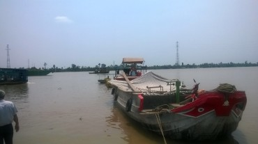 my-tho-tam-ta-client-guyo-boat-ride-to-fisheries-mar16