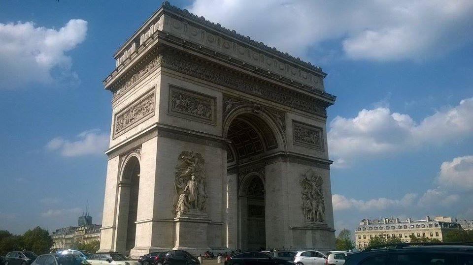 paris arc de triomphe conrer of Iena et Marceau sep16