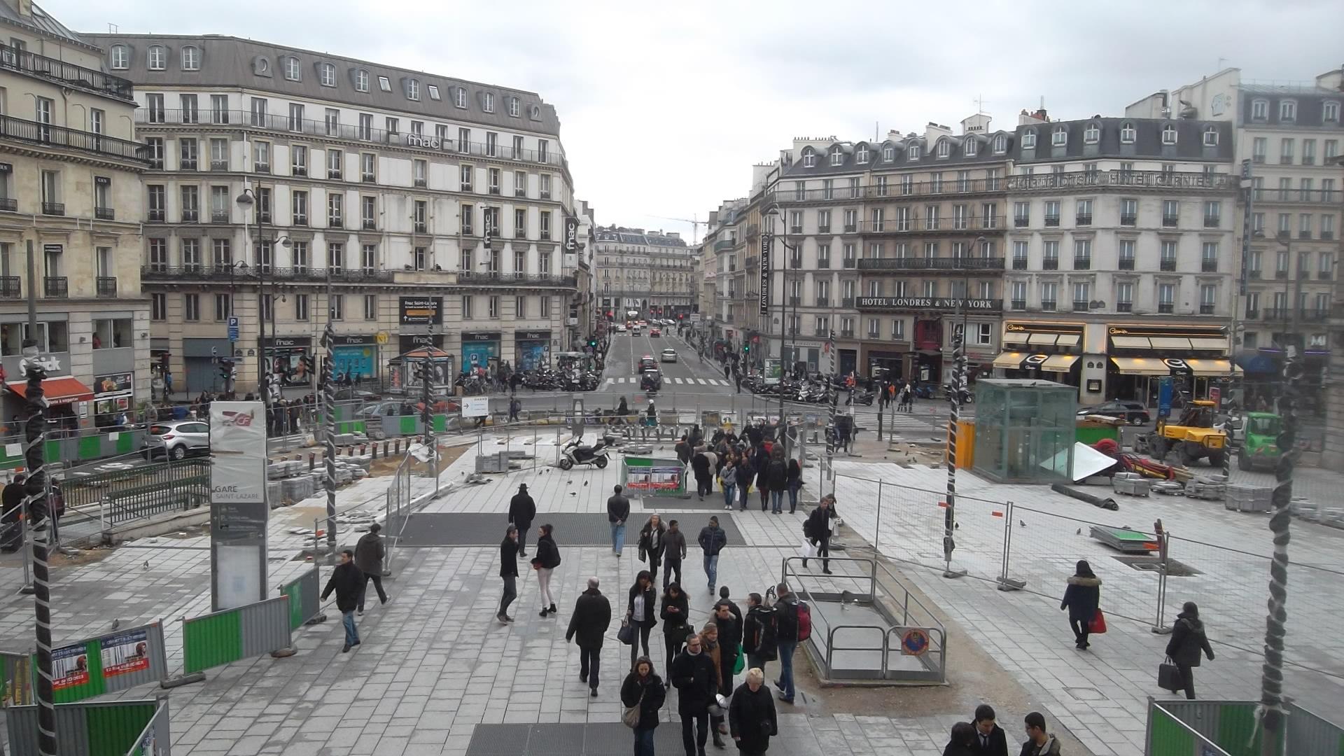 paris rue du havre et st lazare feb14