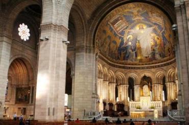 Paris sacre coeur dome altar aug11