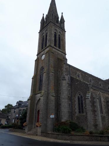 plumieux ch st pierre front belltower sep20