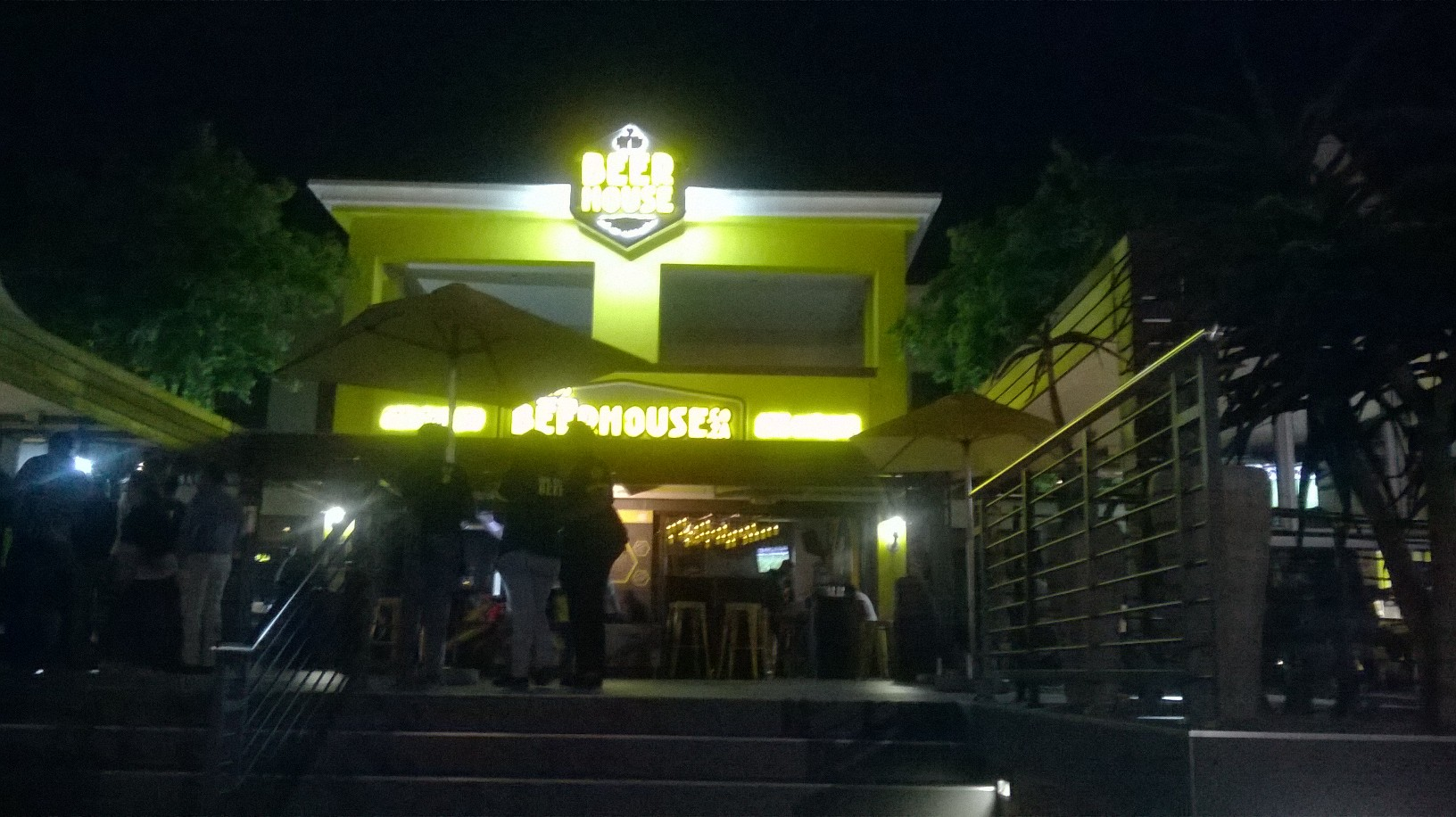 sa-fourways-beer-house-outside-sep15