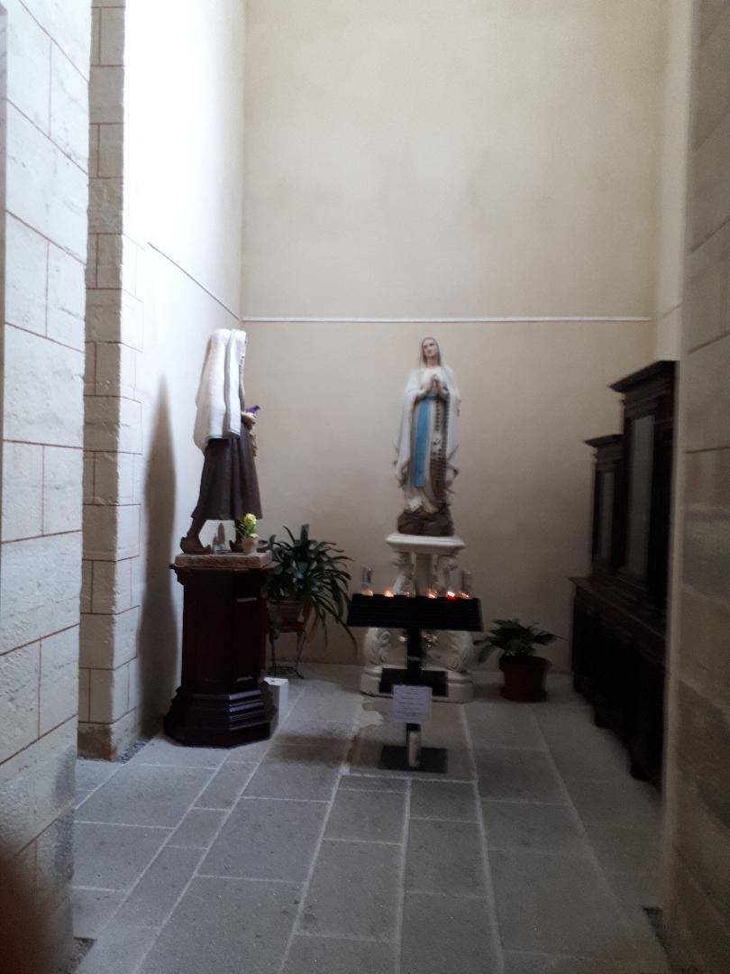 vannes ch St Patern chapel virgin ent right sep20