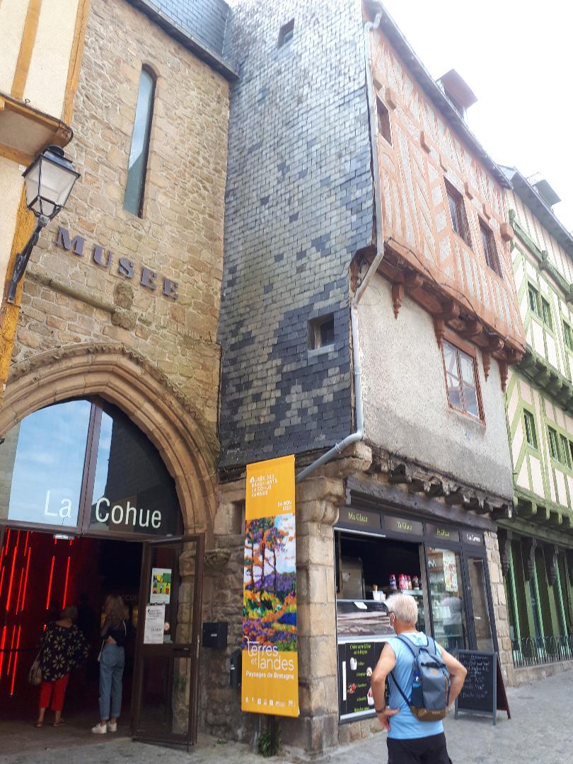 vannes pl st pierre la cohue museum fine arts sep20