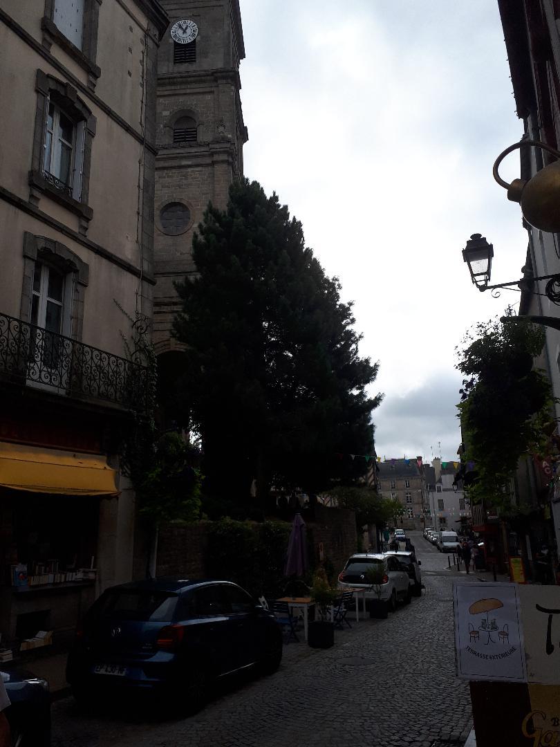 vannes rue de la fontaine to ramparts et ch St Patern left sep20
