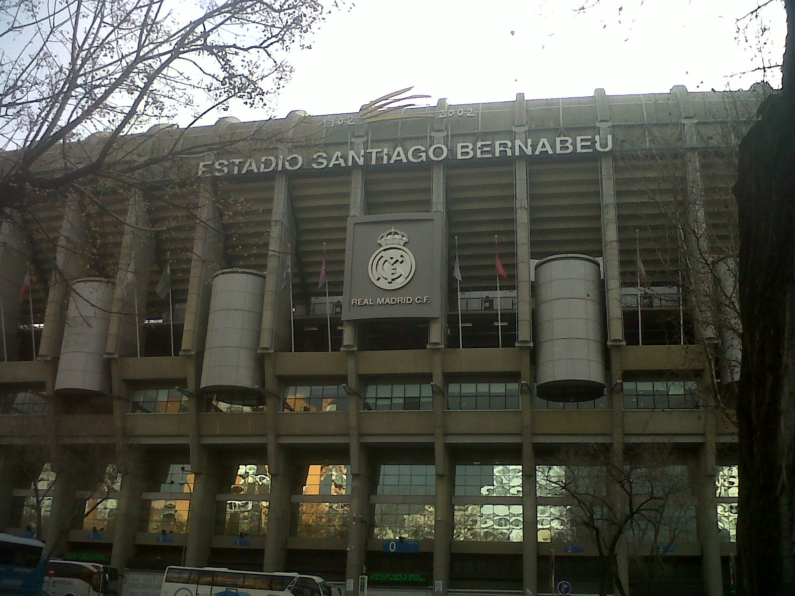 mad real madrid estadio santiago bernabeu emblem feb13
