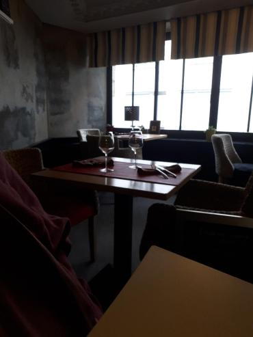 pontivy l aiglon resto dining room oct20