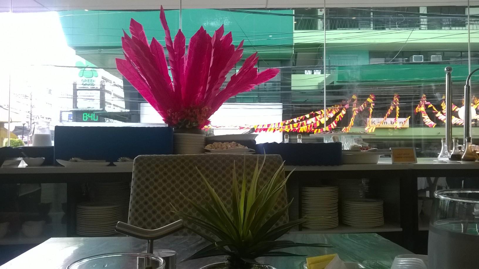 cebu-bw-lex-hotel-breakfast-resto-to-street-jan17