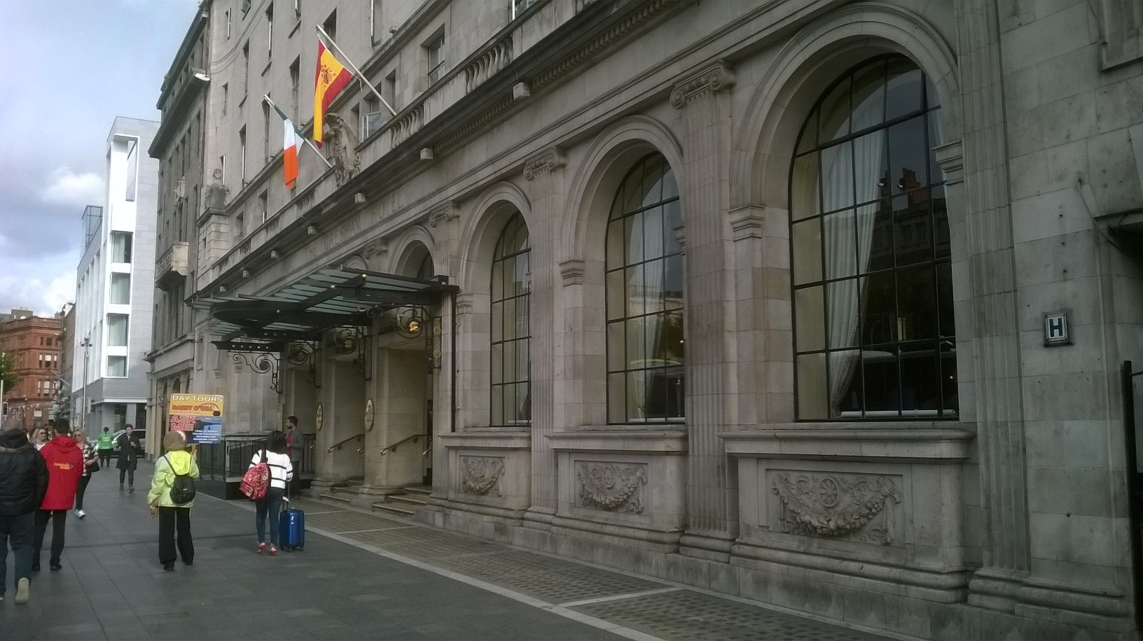 dublin-gresham-hotel-entrance-oct16