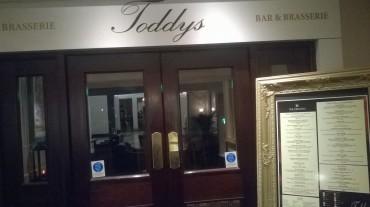 dublin-gresham-hotel-toddys-bar-entr-oct16