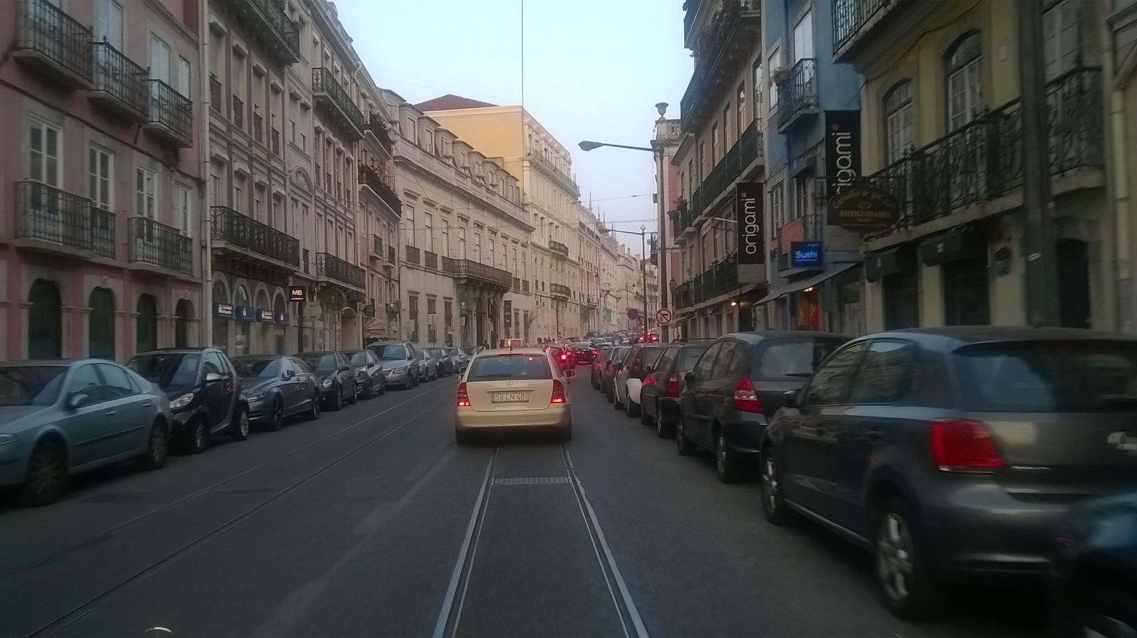 lisbon-barrio-alto-by-car-my15