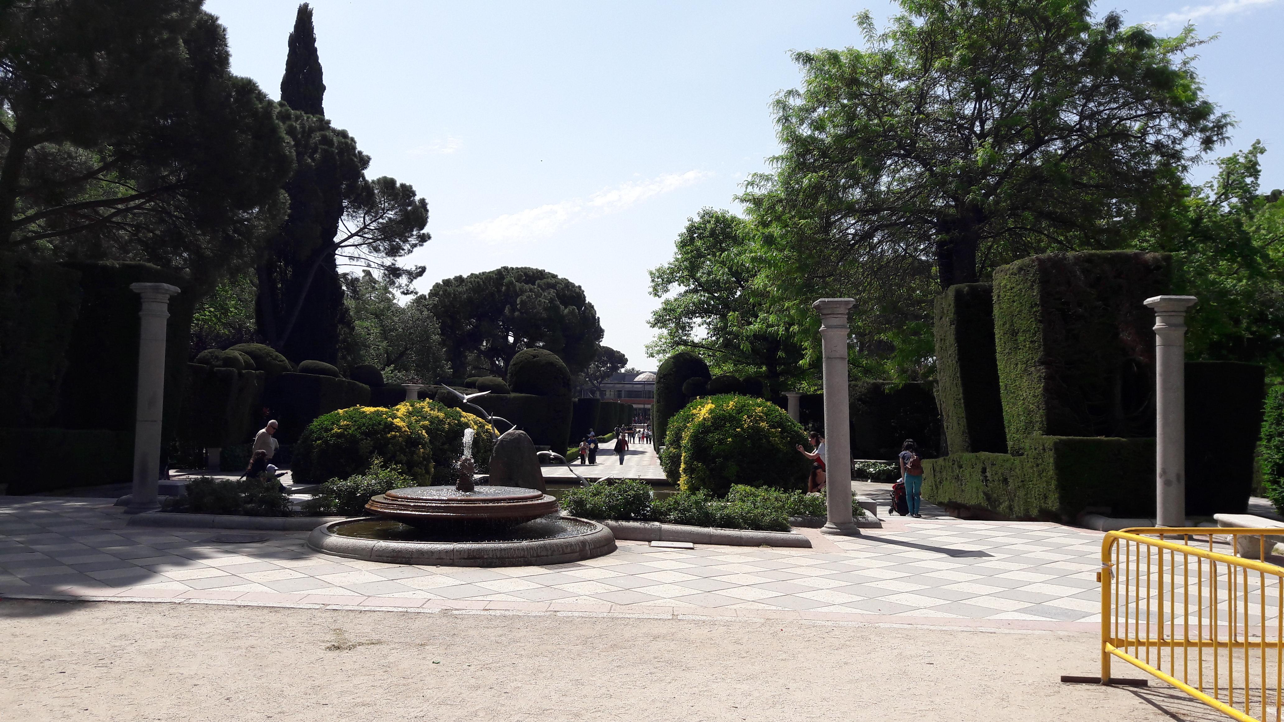 mad-retiro-park-jardines-cecilio-rodriguez-inside-apr17