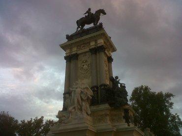 Mad retiro park mon Alfonso XIII top sep12