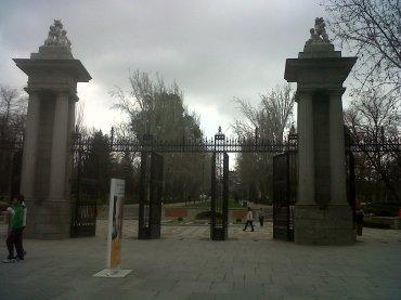 mad retiro park puerta de la independencia ent alcala feb13