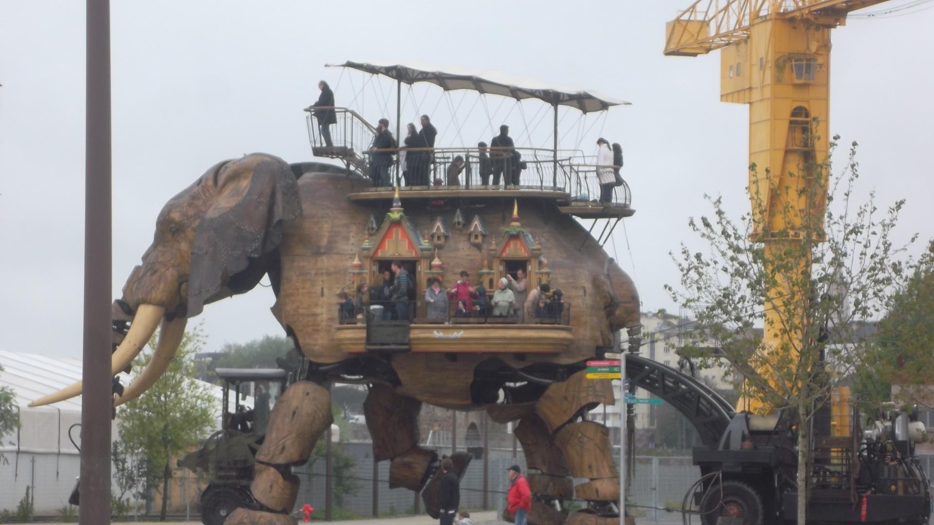 nantes-galeries-des-machines-le-grand-elephant-side-my13
