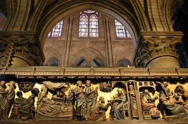 Paris cat Notre Dame Christ life 17C 2009