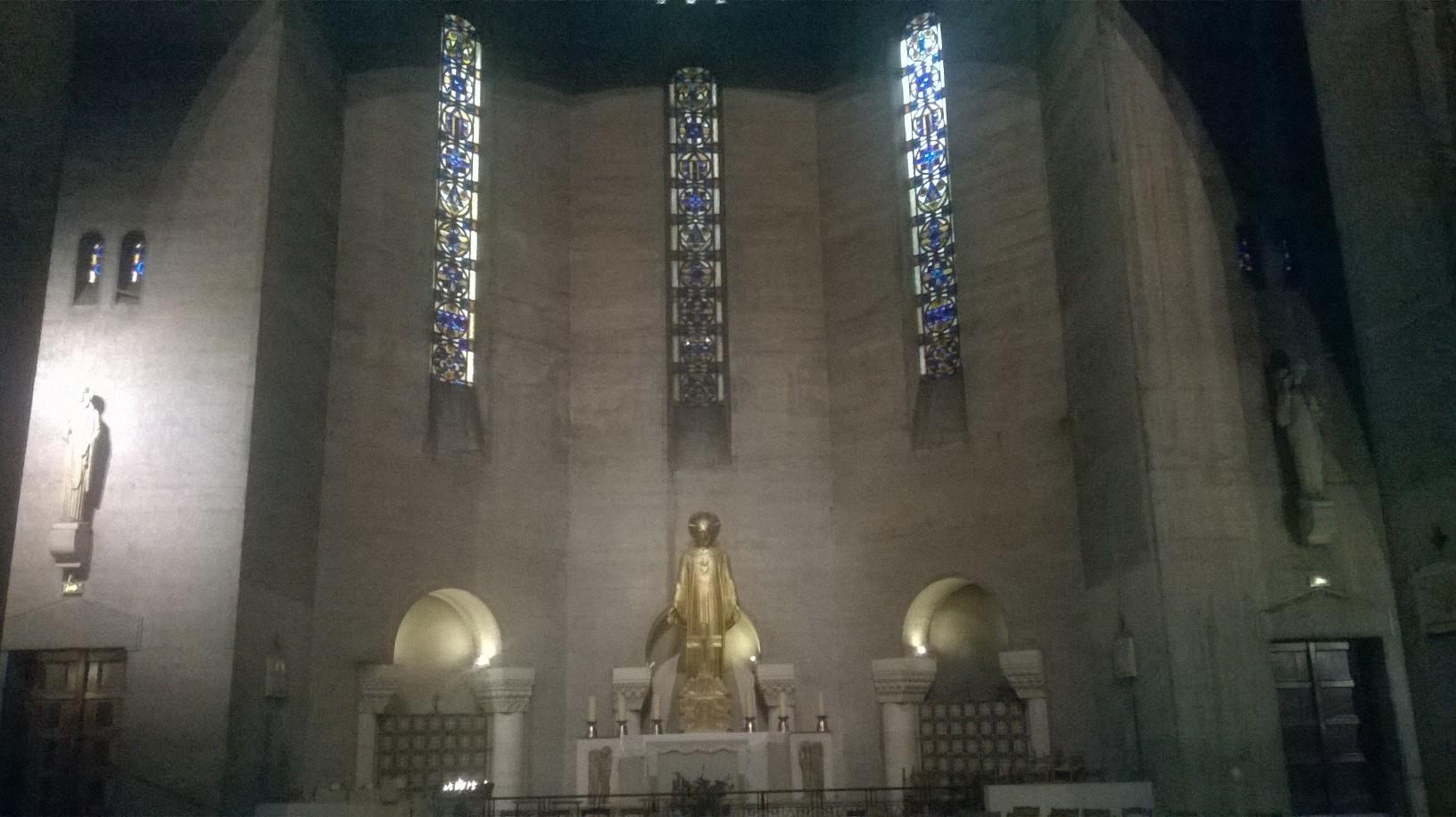paris-ch-st-pierre-de-chaillot-chapel-christ-sep16