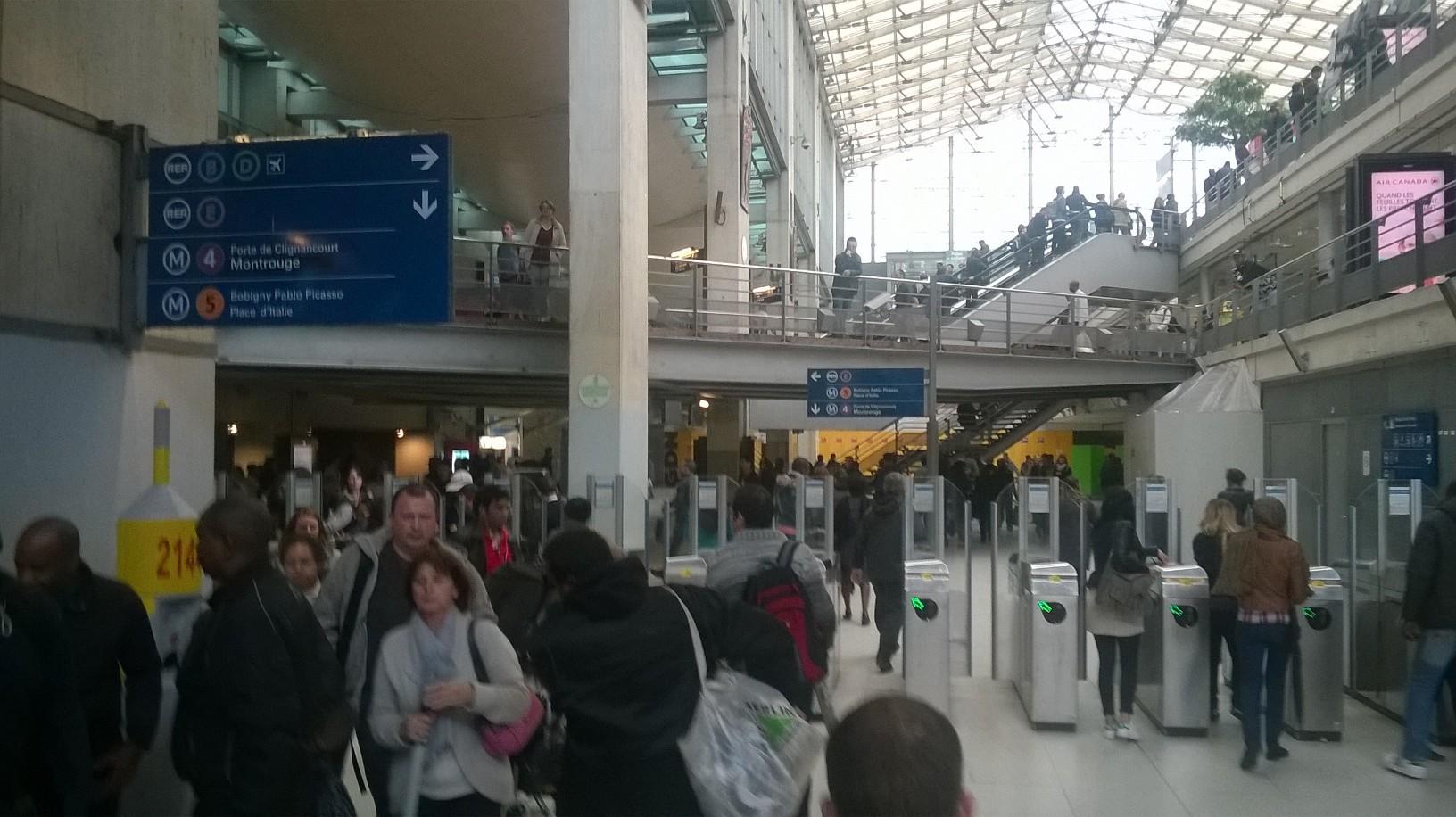 paris-gare-du-nord-hallway-sept15