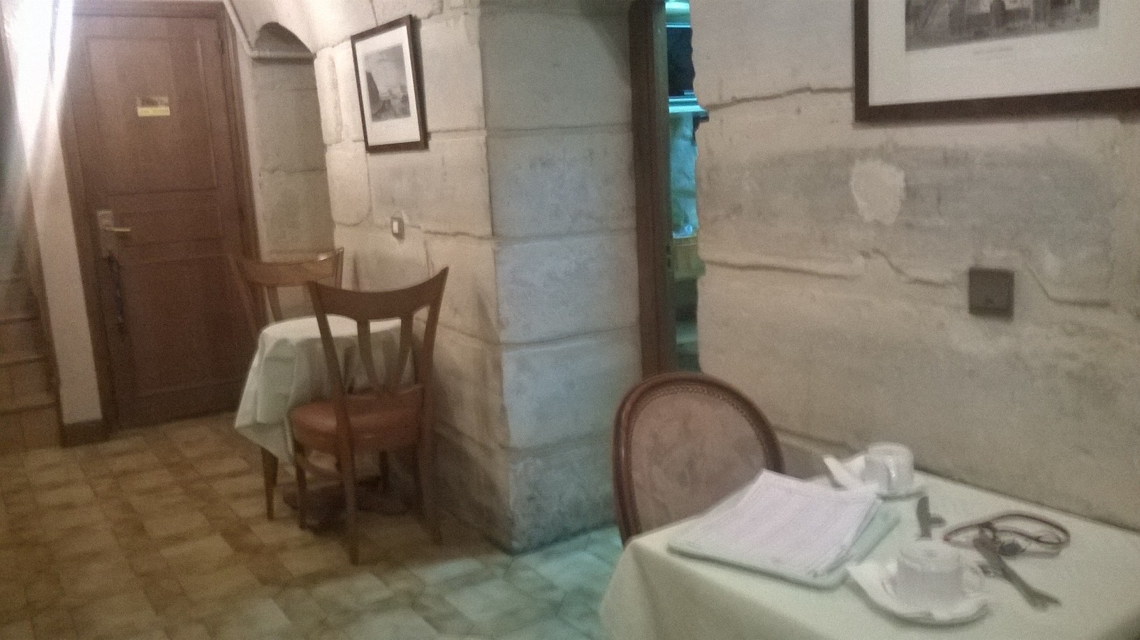 paris-hotel-meslay-breakfast-room-sept15