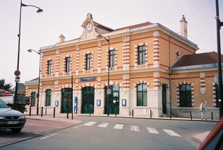 st-germain-grand-ceinture-sncf-trains-to-gare-st-lazare-paris