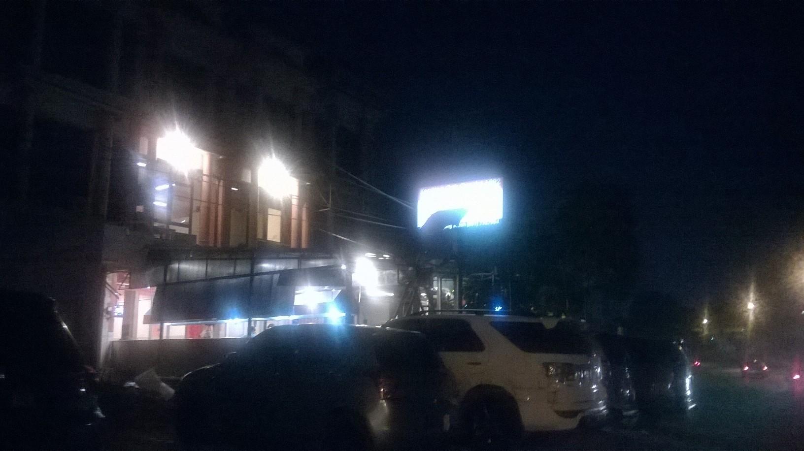 sura-crab-resto-near-hotel-walking-jan16
