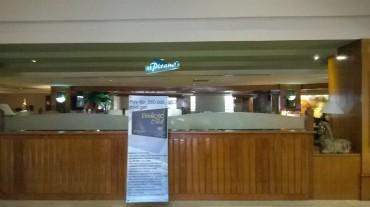 sura-somerset-pyramid-bar-entrance-jan16